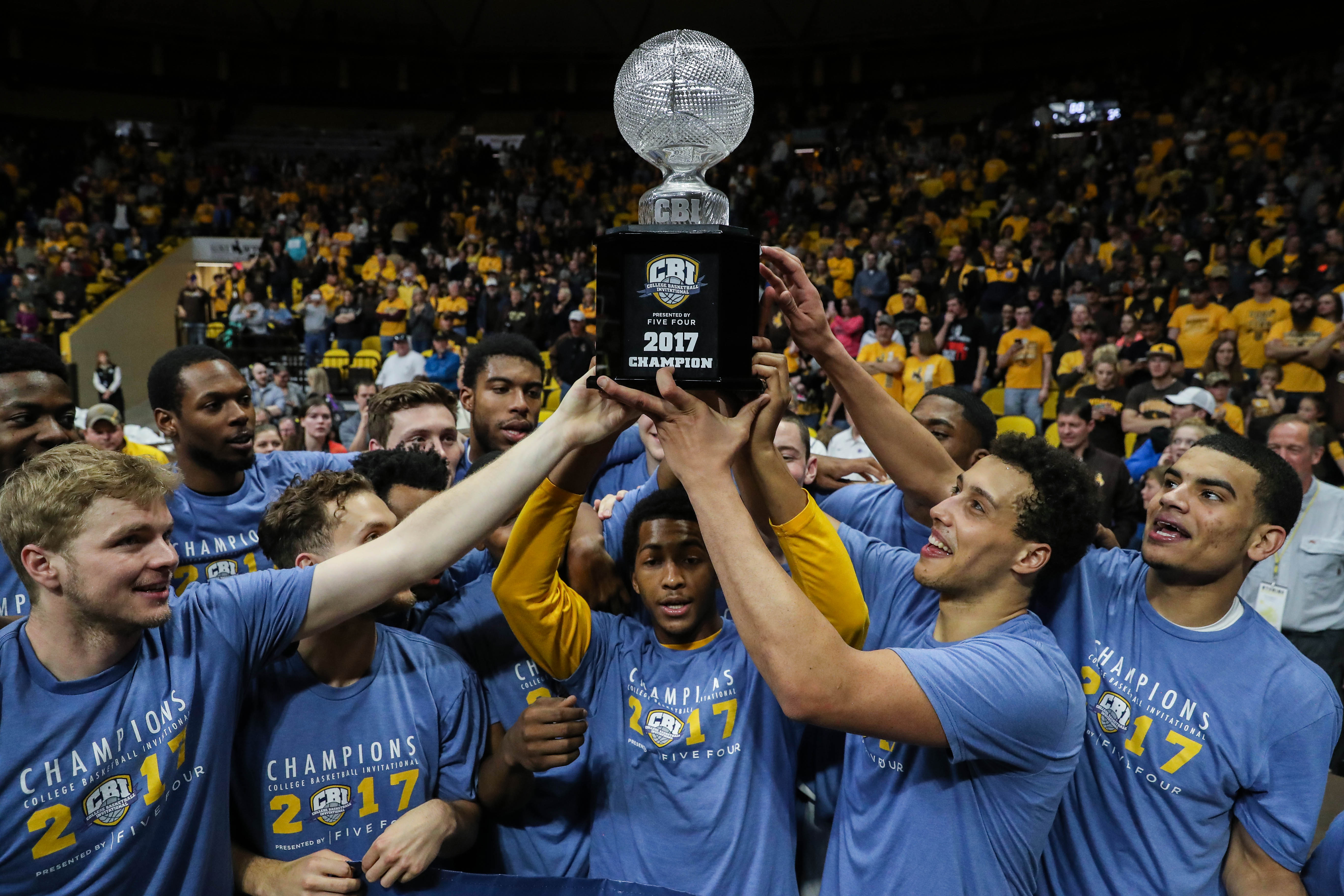 Wyoming Captures Cbi Presented By Five Four Championship College